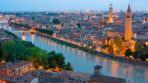 Photo of Passa a Wind a Verona con All Inclusive Unlimited Special Edition: minuti illimitati, 500 Sms, 3 Giga in 4G a 12 euro ogni 4 settimane. Se sei Under 30 avrai 1 GIGA gratis in più