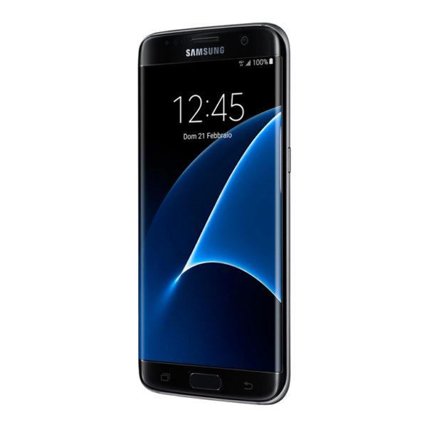 Photo of Samsung: sequestro di smartphone e tablet per presunta violazione brevetto italiano