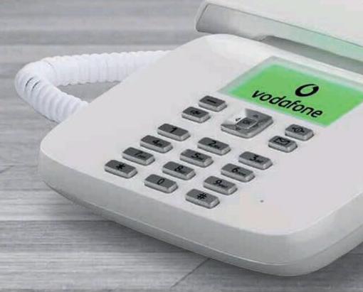 Photo of Vodafone regala i primi 2 rinnovi a chi attiva l'offerta Telefono Fisso