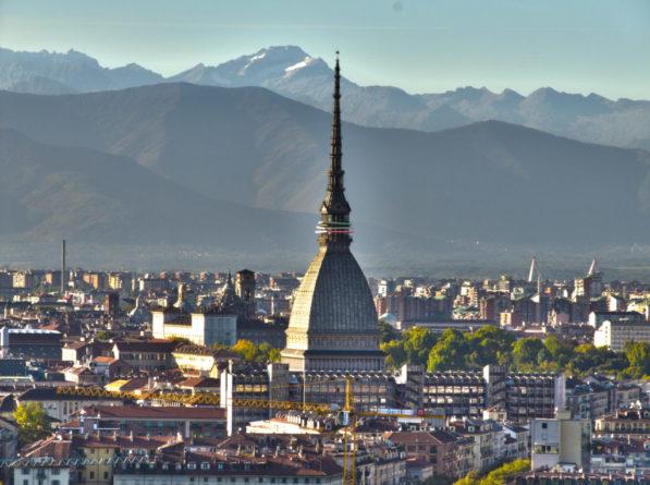 Photo of TIM e Comune di Torino siglano accordo per rendere il capoluogo piemontese una Smart City 5G
