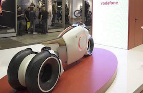 Photo of Vodafone presenta la nuova Giga Bike e illustra altre importanti novità automotive