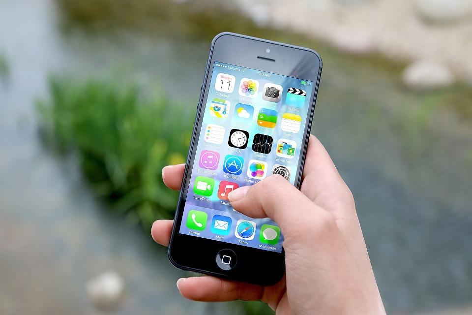 Photo of Tre: dal 18 Giugno 2018 costi e offerte ricaricabili per l'acquisto a rate degli Iphone Apple