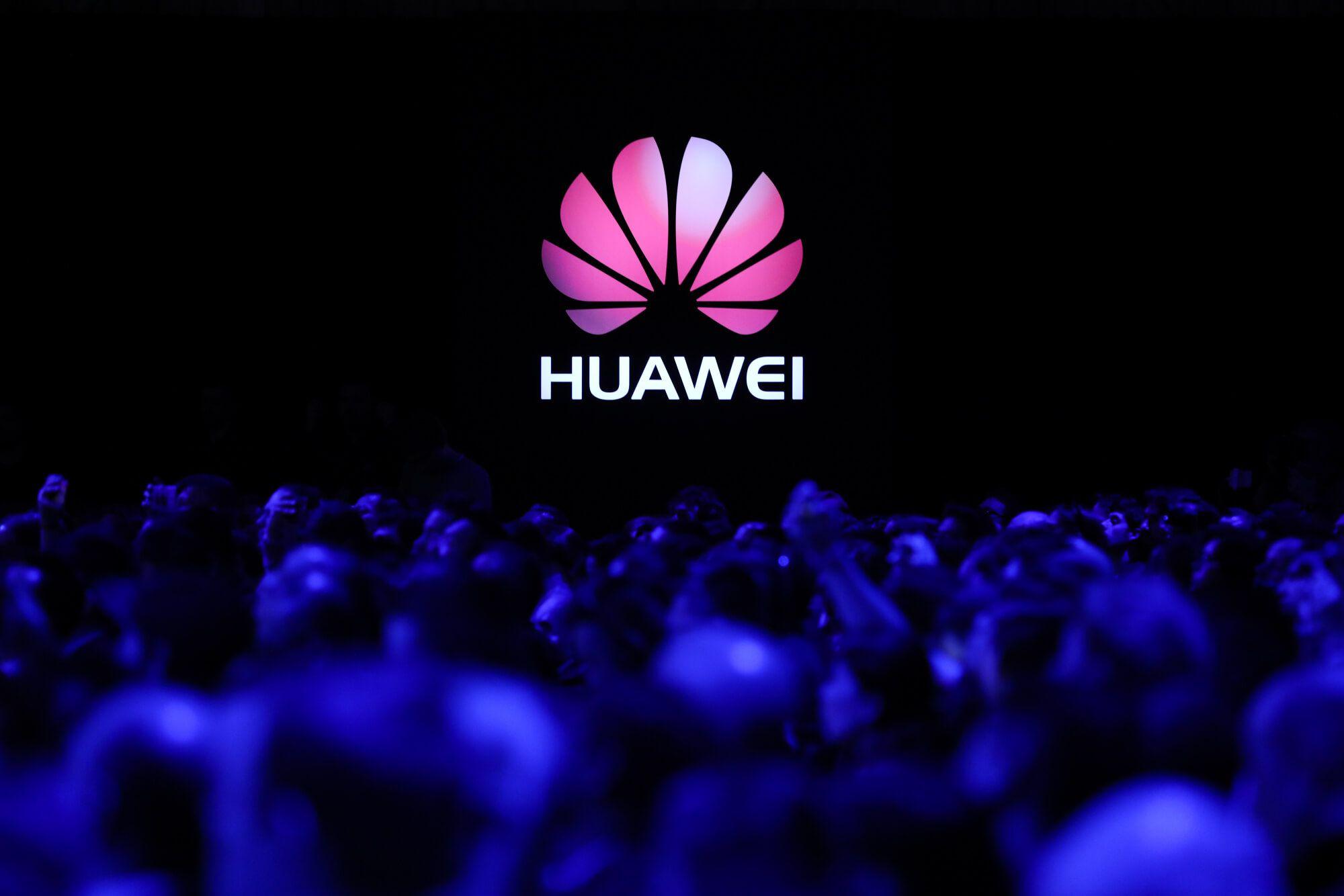 Photo of Continua il caso Huawei. Vodafone Group interromperà la collaborazione per le reti di trasporto?