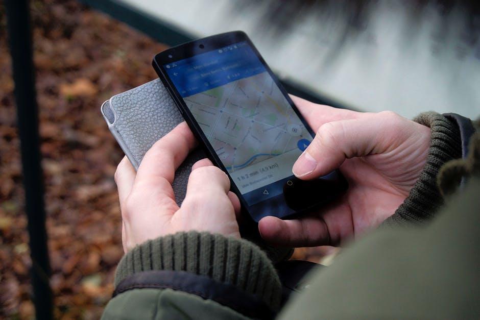 Photo of Installa il GPS nell'auto della ex moglie. Arrestato per stalking
