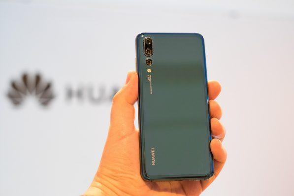 Photo of Tre: dal 3 Maggio 2018 costi e offerte ricaricabili per l'acquisto a rate degli smartphone Huawei
