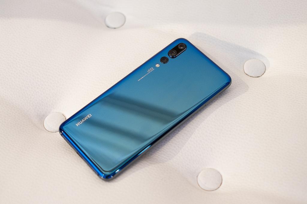 Photo of Huawei P20 Pro: offerte ricaricabili di Tim, Vodafone, Wind e 3 per acquistarlo a rate (Maggio 2018)