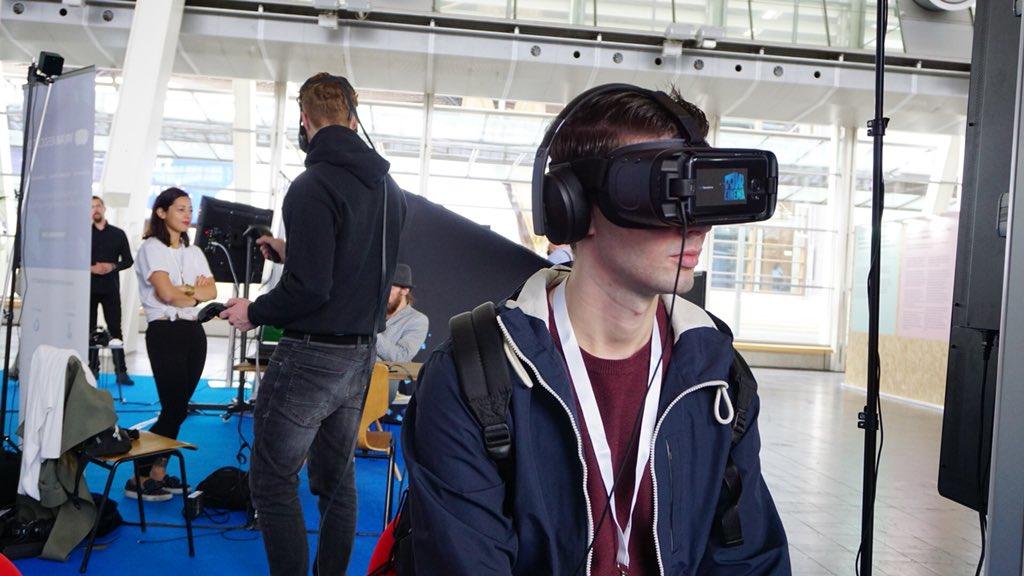 Photo of A4VR e Amimon per VR Dome: stand espositivo virtuale presentato al Cebit 2018