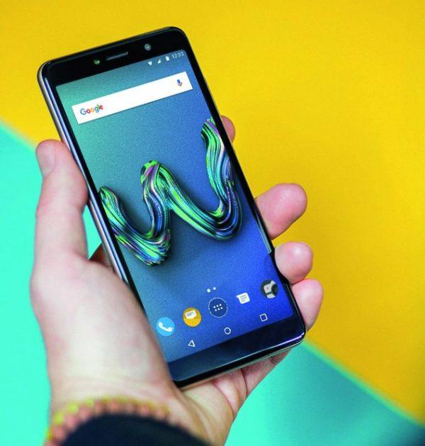Photo of Smartphone di fascia XS rateizzabili con Vodafone nel mese di Settembre 2018