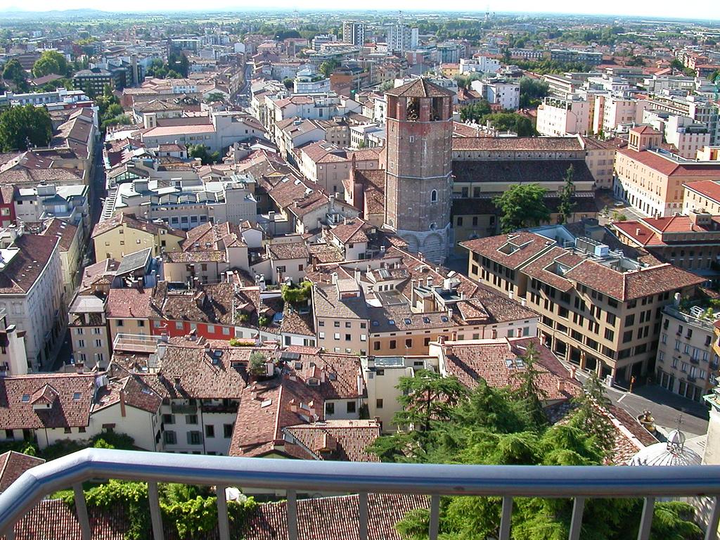 Photo of Vodafone rete fissa: anche Udine tra le città coperte in Fibra FTTH di Open Fiber