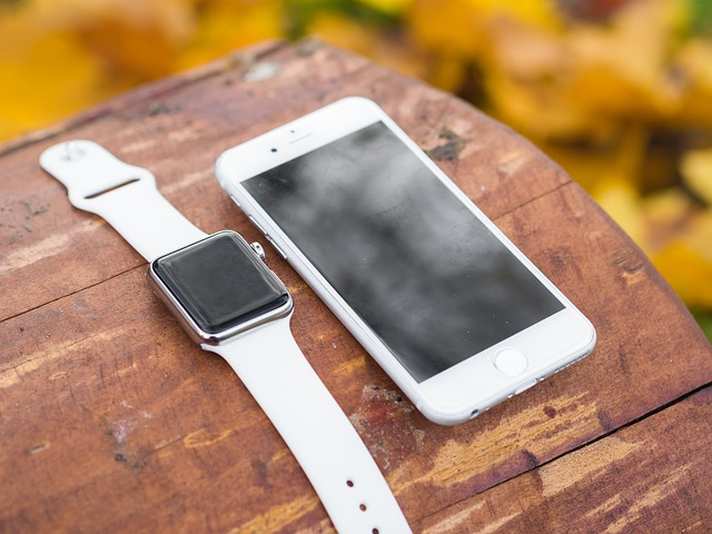 Photo of Apple iPhone X, XS e XS Max acquistabili a rate insieme al nuovo Apple Watch S4 con Vodafone