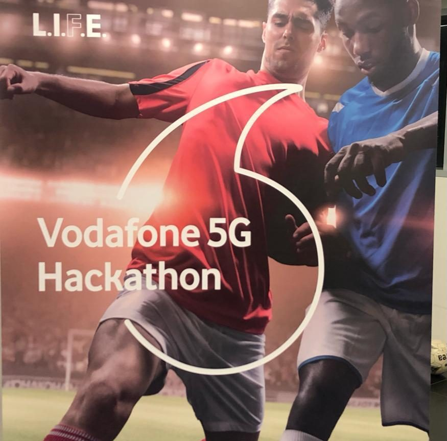 "Photo of Tennis yourself è il progetto premiato alla fine dell'Hackathon Vodafone ""Wearable 5G per lo sport"""