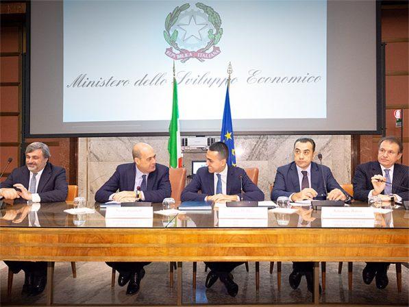 Photo of Wi-Fi nei comuni del Lazio coinvolti dal terremoto: Di Maio e Zingaretti firmano il Protocollo d'intesa