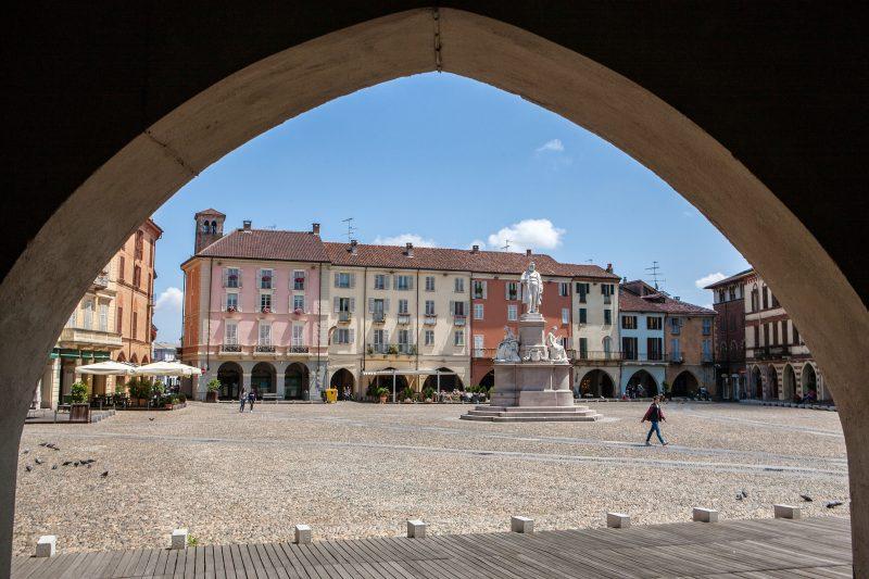 Photo of Wind Tre avvia la vendita della Fibra FTTH fino ad 1 Gigabit/s di Open Fiber anche a Vercelli
