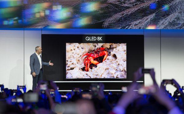 Photo of Al CES di Las Vegas, Samsung presenta nuovi prodotti e tecnologie di IoT, con Bixby e 5G