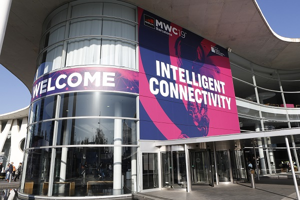Photo of Mobile World Congress 2019: ecco gli smartphone più interessanti presenti a Barcellona