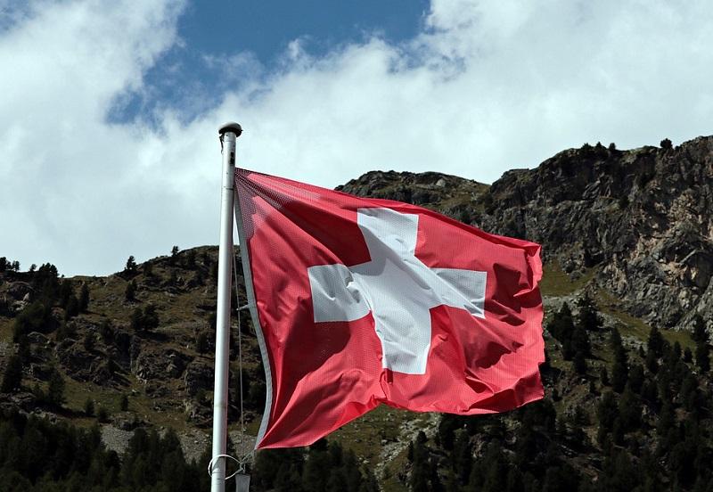 Photo of Roaming in Svizzera: come si comportano i principali operatori italiani di telefonia mobile