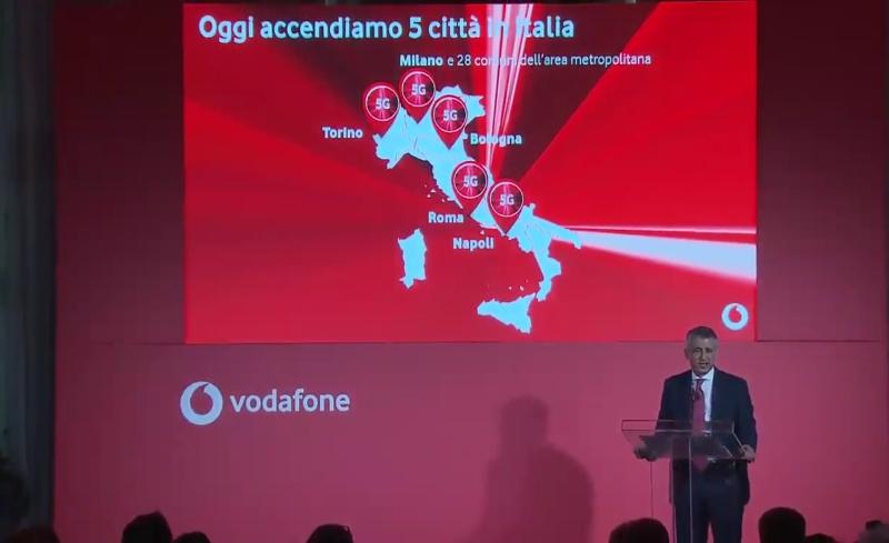 Photo of Giornata Storica: Vodafone accende in 5 città la sua rete Giga Network 5G