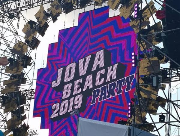 Photo of TIM presente al tour estivo Jova Beach Party di Jovanotti per mostrare le potenzialità del 5G