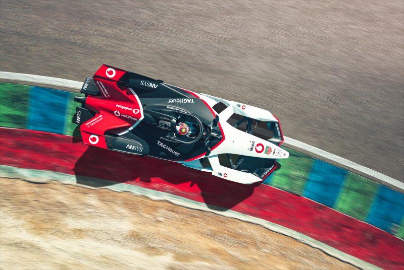 Photo of Il Gruppo Vodafone sarà sponsor e partner di Porsche Motorsport per la Formula E