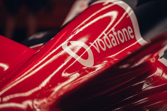 Photo of Vodafone Infinito Special: da 15 euro al mese minuti, SMS e Giga illimitati con velocità ridotta