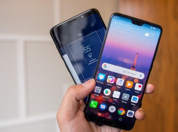 Photo of Wind Tre proroga Fuori Tutto con sconti su smartphone Huawei e Samsung fino all'8 Settembre 2019