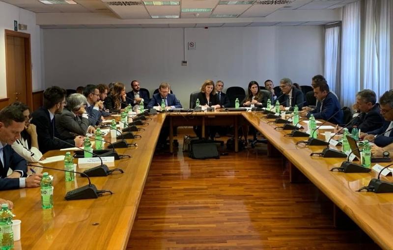 Photo of Call Center: 4 mesi di CIGS per i lavoratori Almaviva di Palermo