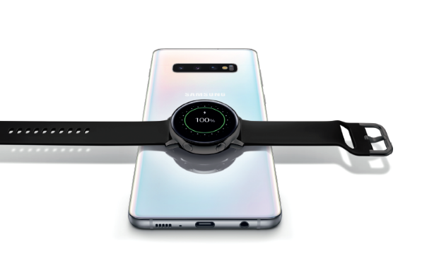 Photo of Samsung Galaxy Watch Active in regalo per chi acquista alcuni Galaxy S10
