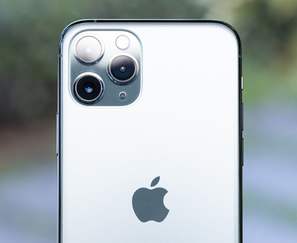 Apple iPhone 11 Pro TIM