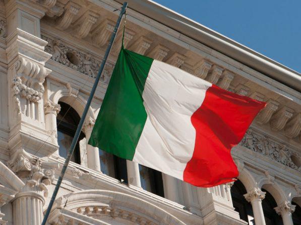 Photo of Vittorio Colao Presidente della task force del Governo. Negozi di telefonia aperti in sicurezza