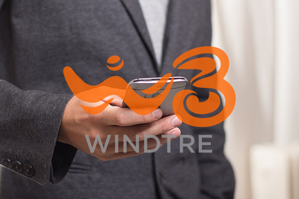 Photo of WindTre: Call Your Country Smart Pack con smartphone incluso attivabile da nuovi clienti stranieri