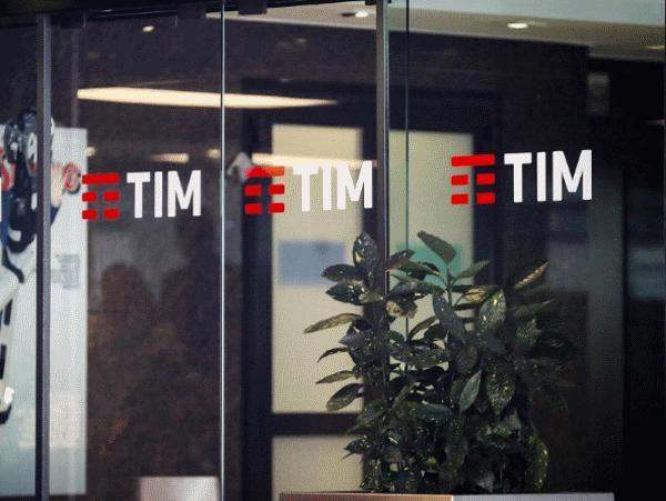 TIM Call Conference risultati